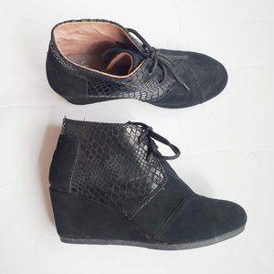 Toms Black Suede Crocodile Print Wedge Boot Ankle